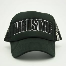 Hardstyle trucker pet zwart wit
